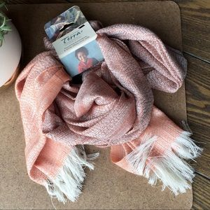 Lightweight Scarf with Fringe